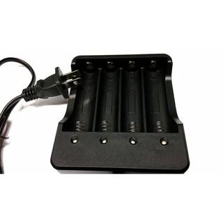 【18650四槽充電器】 18650電池充電器 4槽 智能充電 寬電壓 全流輸入 100V-240V 附電源線