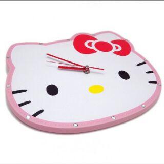 Hello Kitty 木製靜音壁掛時鐘