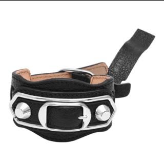 BALENCIAGA 巴黎世家METAL CHEVRE亮銀釦小羊皮穿式手環(黑-m)正品全新