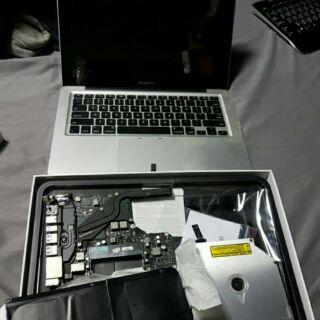 apple macBooK pro 零件機