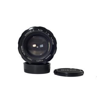Nikon Nikkor-S 55mm/f1.2