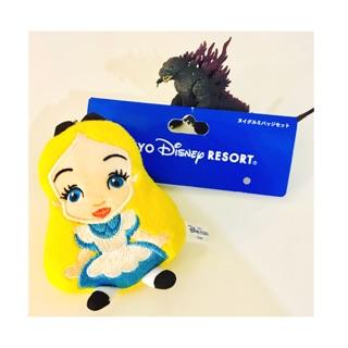 迪士尼正版 愛麗絲 公主  絨毛娃娃 玩偶 吊飾 禮物 艾莉絲 別針  夢遊仙境 蛤蜊 寶寶  娃娃 布偶 玩偶 免運費