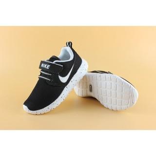 NIKE RosheRun 童鞋 兒童鞋 跑步 運動 透氣 親子 黑白