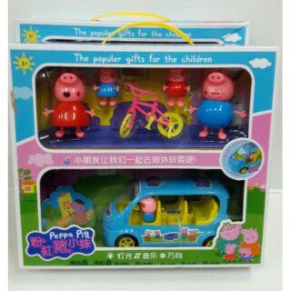 佩佩豬玩具電動萬向音樂車玩具+佩佩豬公仔一家人,跟著佩佩豬一起去郊外旅行去