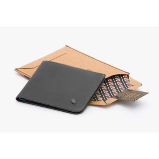 【Bellroy】澳洲時尚皮夾現貨,高9.5cm款炭黑色HIDE & SEEK,可放10張卡及隱藏夾層,不輸Coach