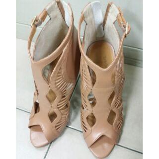 Miss sofi 高跟羅馬鞋~