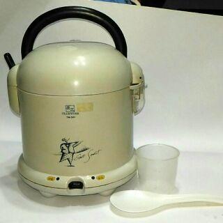三人份小電子鍋/小電鍋/電子飯鍋/電子鍋3人份