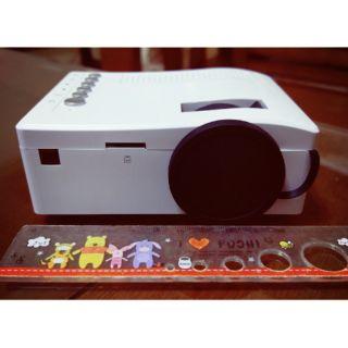 UC18 迷你投影機 小投影機 led投影機
