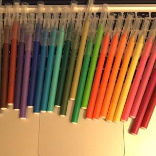無印良品 24色水性彩色筆 付透明筆袋