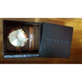 專櫃Michael Kors 環繞手錶  Mk(免運費)
