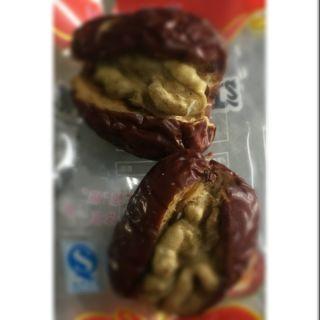 [現貨] 新疆 棗夾核桃 整顆棗+整顆核桃 獨立包裝(1小袋2個棗夾核桃) 100g(約6小袋)