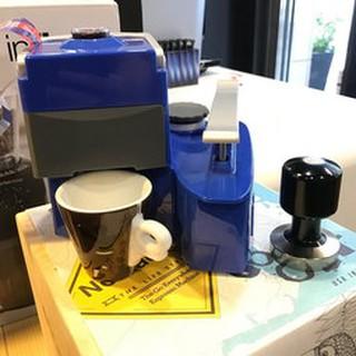 *卡拉拉咖啡精品*NOMAD 手壓 義式咖啡機 行動 免插電 壓力可達9BAR 可萃取出專業Espresso