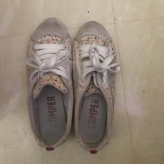 Camper 女鞋