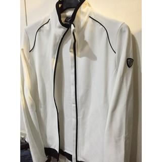 Emporio Armani EA7白色立領外套