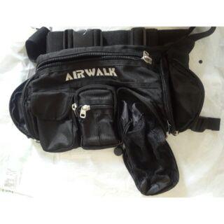 原價980 正版airwalk 多口袋高級尼龍防水 腰包黑 可放水壺