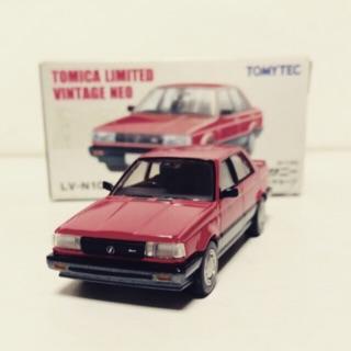 Tomytec 1/64 NISSAN SUNNY 1500
