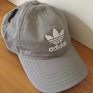 Adidas 三葉草老帽 灰