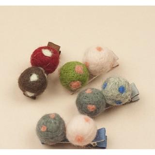 日韓兒童髮飾廠家批發波點毛呢球球邊夾