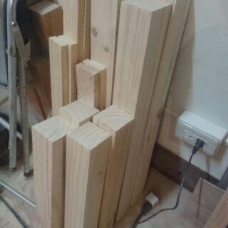 高雄實木加工  雲杉角柱   7*7*40cm一隻=70  桌腳 DIY 腳柱 木柱 角材