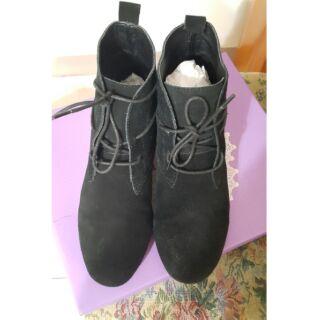 Vivian&miss麂皮綁帶短靴