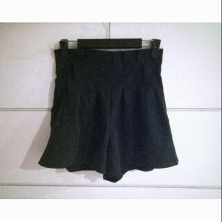 黑色顯瘦高腰後拉鍊擴腿褲