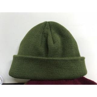 草綠色短毛帽