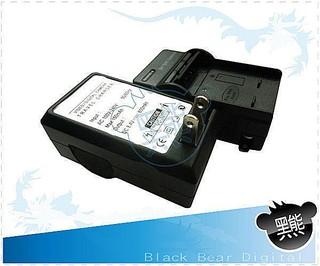 黑熊館 Panasonic F2 FX68 FX66 TS1 TS2 TS3 TS4 S106C BCF-10E充電器