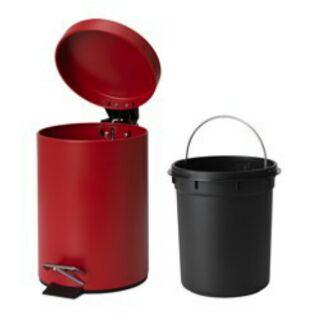 IKEA VORGOD腳踏式垃圾桶, 紅色