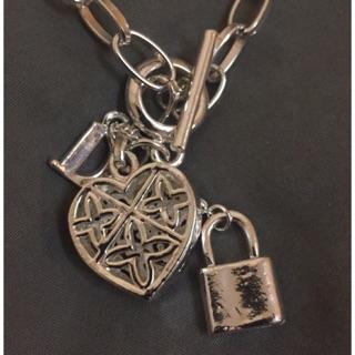 愛心鎖項鍊