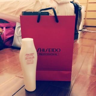 資生堂柔潤修護洗髮乳250ml