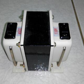 TC-300 升降壓變壓器110V~220V 300W