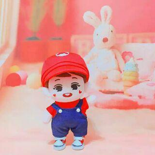 (暫停接單,請勿下標) EXO BTS 娃娃 玩偶 20CM 瑪莉歐套裝 紅色帆布鞋