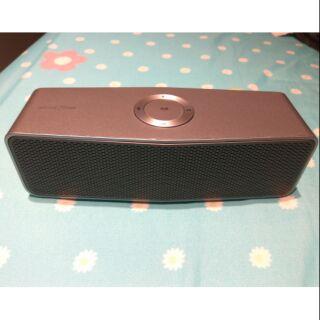 LG可攜式藍芽揚聲器NP7550