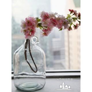 圓身縮口玻璃酒瓶造型容器 花瓶 花器 裝飾罐 水瓶 玻璃花器 玻璃容器 玻璃瓶
