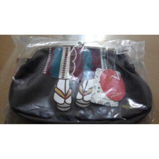 日本預購-Mis Zapatos 和服木屐腳腳雙珠扣復古口金包-深灰