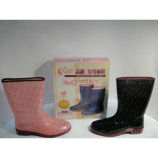 【左腳右腳平價運動鞋】高級彩色女用雨鞋點點紋3色)