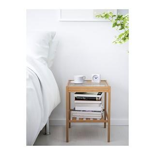 IKEA NESNA 床邊桌 床頭櫃 竹製,十分耐用