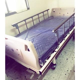 全新手動搖桿病床 含床墊 醫療床