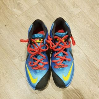 NIKE籃球鞋 13號