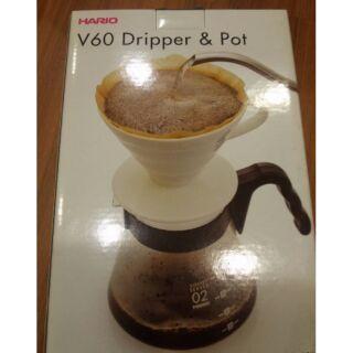 COSTCO好市多代購~HARIO 手沖咖啡套組(含陶瓷濾杯+耐熱玻璃壺+量匙+無漂白濾紙100枚)1~4人份