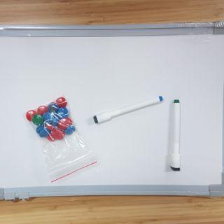 多用途小白板45*30公分(可使用磁鐵)全新未拆膜
