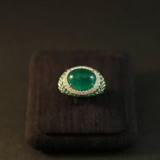 【瀚玉】祖母綠。(設計款系列-祖母綠+沙佛萊石鑽戒) 鑽石.祖母綠、鑽石