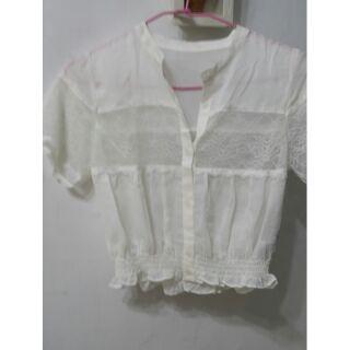 日本Lilr brown 白色蕾絲短上衣