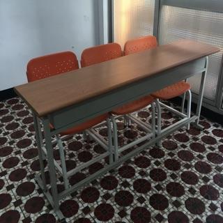 補習班 安親班 美語班 課桌椅 少用七成新