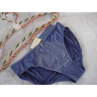 《Angela》黛安芬ESSENCE艾聖思/晴空藍色低腰褲【L】~$199元(原價$680)