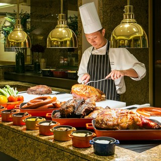 台北國賓飯店明園自助式吃到飽午餐或晚餐券(假日使用每券50) 餐券 餐卷