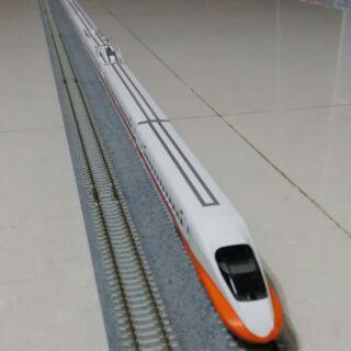 Kato 台灣高鐵 700T 模型列車
