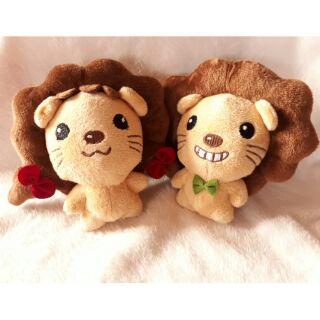 獅子玩偶~~~  俗俗賣( ´▽` )ノ