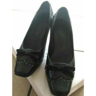 La new女鞋