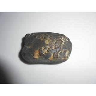 30標 南投武界原礦龍涎石(龍紋石) 特別挑選過 雙面龍 原礦未研磨 原礦拍攝